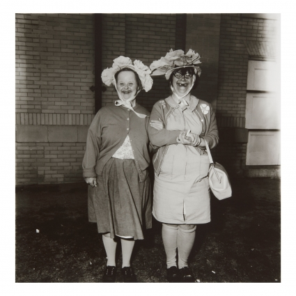 Diane Arbus, Two Women with Hats