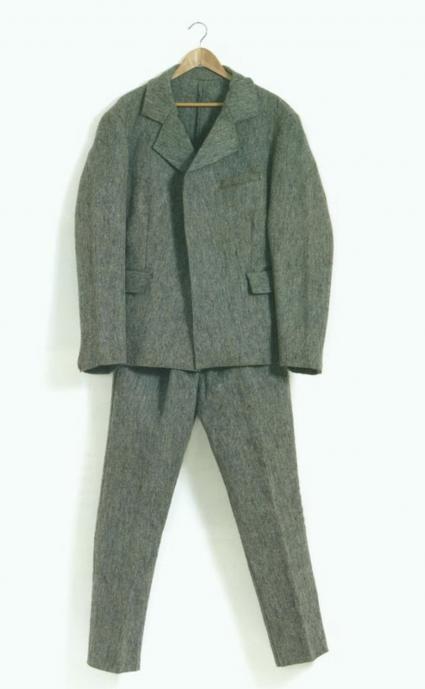 Joseph Beuys, Suit