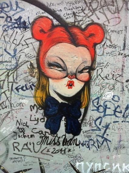 Miss Van, Girl on Wall
