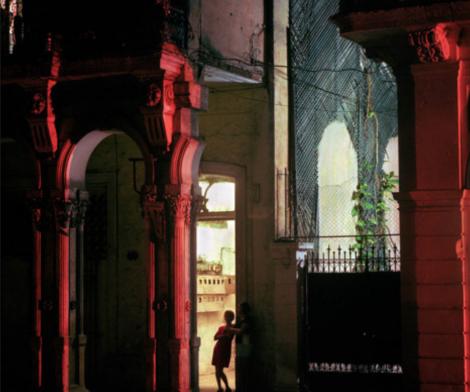 Michael Eastman, Woman in Doorway, Havana, 1999