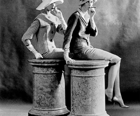 Frank Horvat, Two Women Smoking