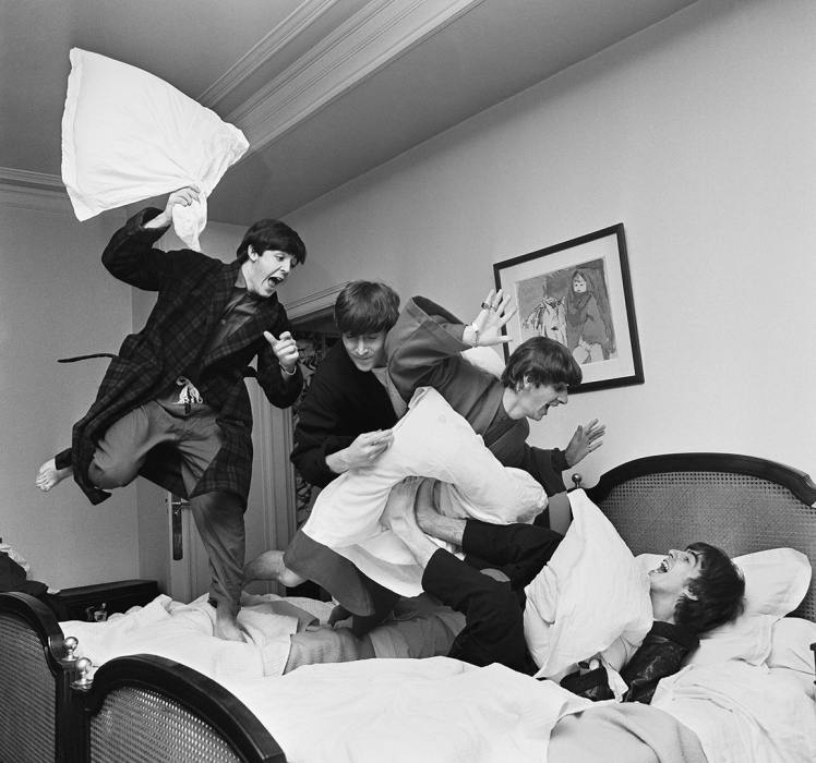 Harry Benson, Pillow Fight