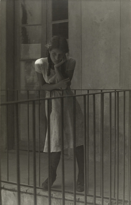 Manuel Alvarez Bravo, Girl on Balcony
