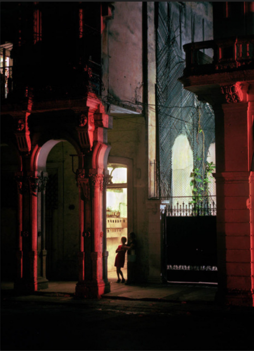 Michael Eastman, Woman in Doorway, Havana, 1999