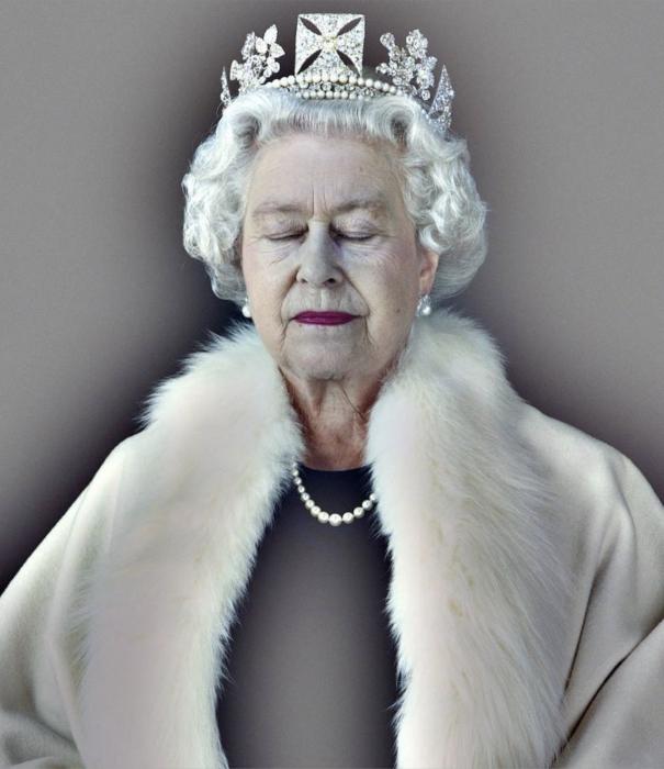 Chris Levine, Queen Elizabeth II