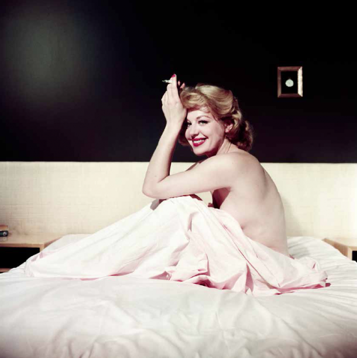 Ormond Gigli, Hildegard Knef Smoking in Bed