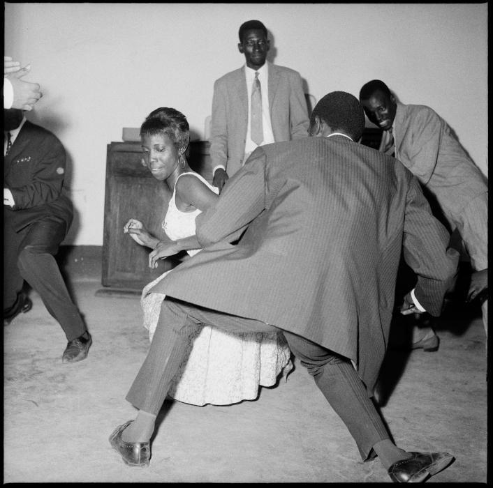 Malick Sidibe, Dancing
