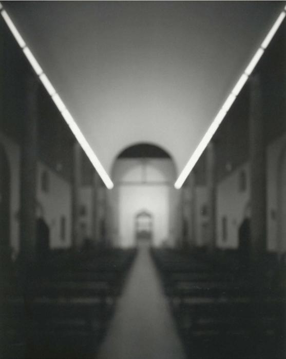 Hiroshi Sugimoto, Chiesa Rossa (Red Church)